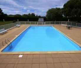 Apartment Appartement mezzanine pour 4/6 personnes dans résidence avec piscine