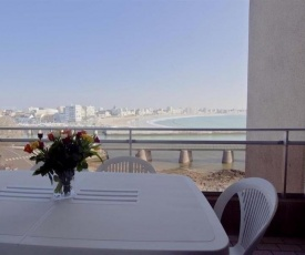 Rental Apartment Quai B.Lames