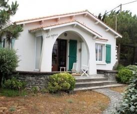 House 250 m de la plage, belle villa familiale de type 5 avec jardin clos / 10 personnes le marais girard