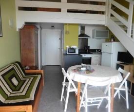 Apartment Studio avec mezzanine face mer et accès direct plage 2